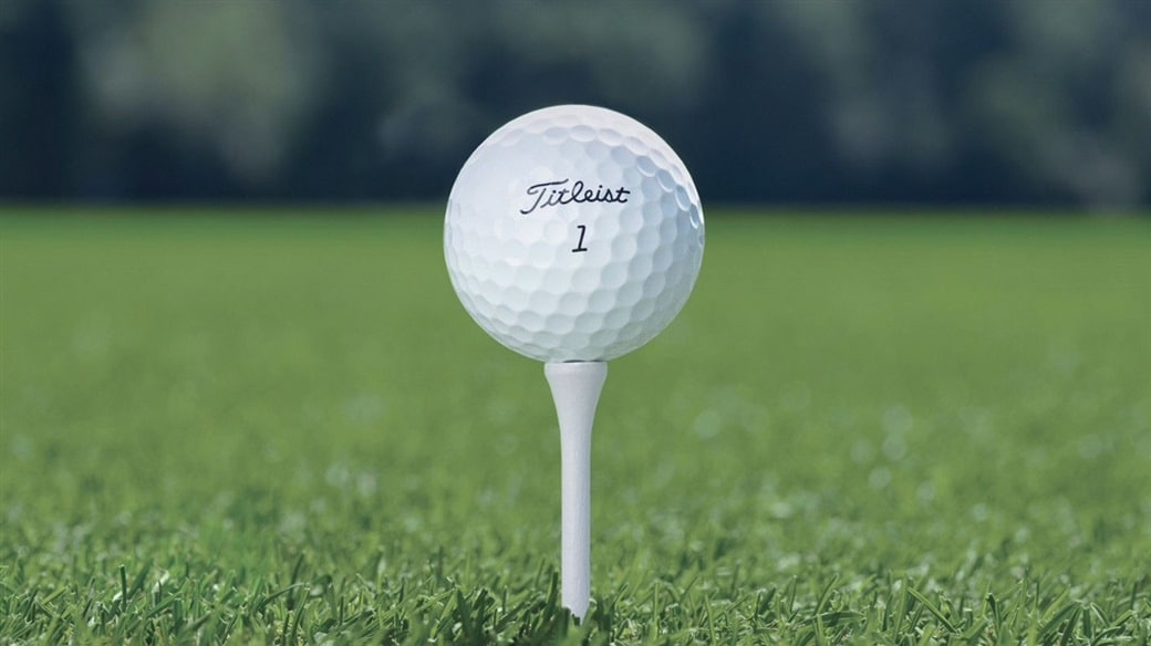 Image of Titleist Pro V1 golf ball on a golf tee