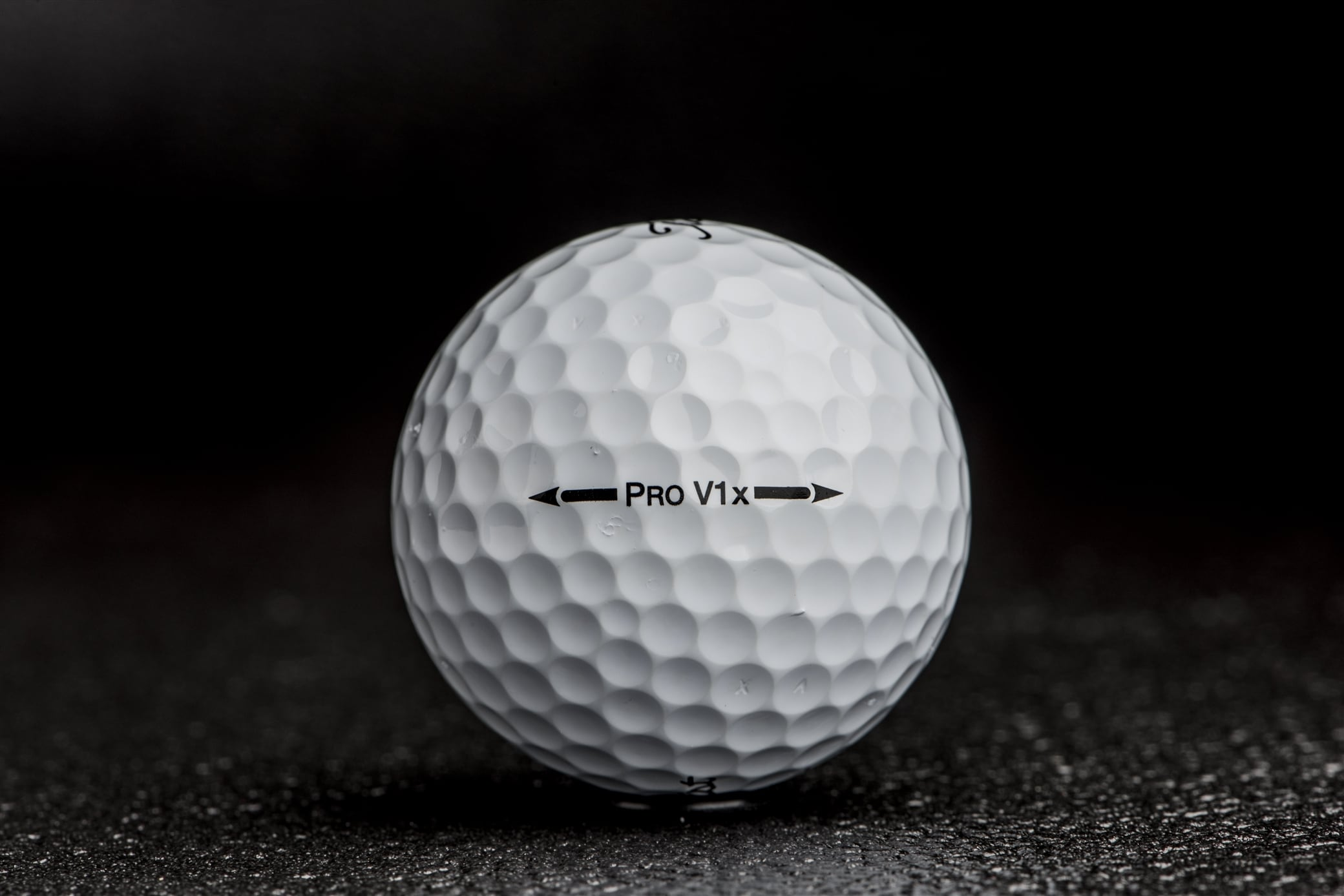 Both the 2007 Pro V1 and Pro V1x (pictured) featured Titleist's A.I.M. sidestamp advancement