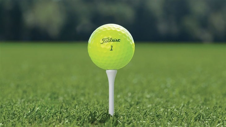 New Titleist Pro V1 & Pro V1x Now Available in High Optic Yellow